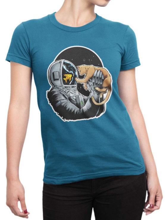 0634 NASA Shirt Fish and Cat Front Woman